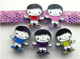 10pcs 8mm cinque colori ragazzo ragazzo forma carino Charms diapositiva vestito per braccialetti fai da te da ornamenti di natale di natale di legno fornitori
