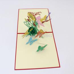Biglietti da visita fiore fatti a mano online-100pcs 3D Paper Laser Cut Handmade Sun Flower con farfalla Greeting Card Invito a una festa di nozze San Valentino regalo