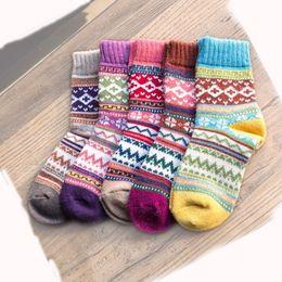 2019 calze nere d'epoca Calze di lana Peonfly Winter Rabbit Funny Calze da donna Calze da donna Calze da donna con spessa calza filo 5 paia / lotto