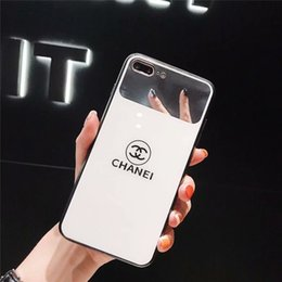 Canada 2019 cas de téléphone de créateur de mode pour iPhone XSMAX XR X / XS 7/8 7 Plus / 8 Plus marque populaire protection luxe miroir en verre couverture arrière en gros cheap mirror case iphone silicone Offre