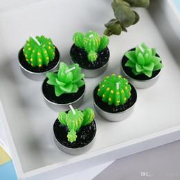 Cera di candele verdi online-6PCS / set Natale Cera Home Decor Cactus Candle Table Tea Light Garden Mini candele verdi per la festa di compleanno Decorazione di Natale regalo di Natale