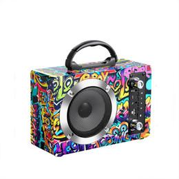 2019 haut-parleur bluetooth haute puissance sans fil Haut-parleur Bluetooth portable avec karaoké à DEL et microphones superbes sans fil Prise en charge des cartes USB et TF Carte Haute puissance haut-parleur bluetooth haute puissance sans fil pas cher