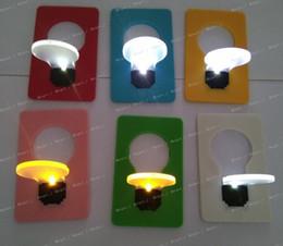 lampe de lune jaune Promotion Nouvelle arrivée LED Nouveauté Lumière LED Carte de crédit Portable Lumière LED Carte de poche Portable Portefeuille Lumière Carte de crédit Mini Nuit