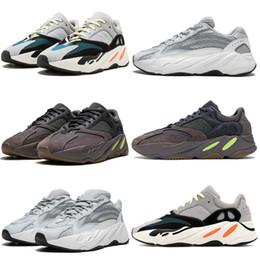 Futter laufschuhe online-adidas yeezy boost 2019 Wave Runner 700 Geode Kanye West Herren Sneaker Triples Weiß Glow in Dark Static 3M Reflektierende Linie Damen Laufschuhe OFF 36-45