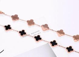Braccialetto semplice della mano dell'oro online-2019Lucky quadrifoglio braccialetto temperamento moda coreana semplice oro rosa titanio acciaio gioielli regalo quattro colors66