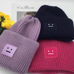 cappelli di sorriso Sconti 11 colori Caps Coppie cappello Vendita Mask lavorato a maglia cappello sorridente moda Inverno Primavera Sport Casual volto sorridente AC cappello a maglia Hip Hop