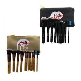 nasses make-up Rabatt 12 Teile / satz Make-Up Pinsel K Brief Marke Kosmetik Pinsel Gesicht Und Augen Von Nassem Mac Puder Pinsel Set Schönheit Werkzeug GGA2187