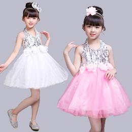 Блеск серебряный танец онлайн-Серебряный блесток Top Dance Outfit Детское балетное платье с розовым поясом Детский танцевальный костюм Розовый и белый