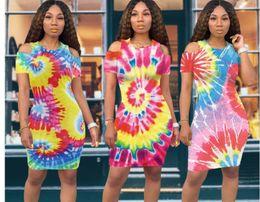 2019 últimos vestidos de diseñador Tie Dyed Vestidos de diseñador para mujer Sexy Manga raglán colorida Última moda Vestido de cuello redondo Vestidos de diseñador de mujer últimos vestidos de diseñador baratos