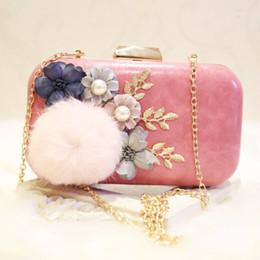 Piccolo sacchetto di spalla del fiore online-Designer-Women Clutch Bags Fur Flower Borse da sera di lusso Pearl WhiteHandbags PU Wedding sposa borsa piccola borsa a tracolla donna