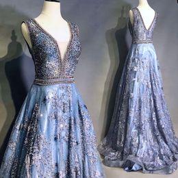 Canada Luxe Vintage Sexy Longue Robe De Bal Bleu Profonde Col En V Perlée Dentelle Formelle Partie Porter 5487 Une Ligne-robe De Soirée Sans Manches Offre