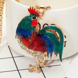 kristallfederauszug halskette Rabatt Anweisung Maxi Halskette Crystal Body Bright Feather Cock Huhn Anhänger Halskette für Frauen Kragen Opale Hahn Huhn Halskette