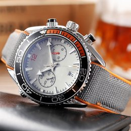 Neue Laufende Stoppuhr Herrenuhr Wasserdichte Mode Armbanduhren Quarz Kalender Business Billig Marke Herrenuhren Großhandel von Fabrikanten
