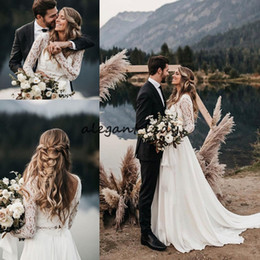 Khaki kleidrock online-Newest Bohemian Beach Wedding Dresses with Long Sleeve 2019 Full Lace Two Pieces Low Back Western Country Outdoor Bride Wedding Gown