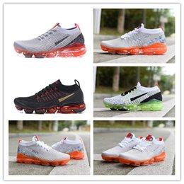 chaussures de course légères Promotion 2019 Nouvelle Arrivée Hommes Léger Sport Running Chaussures Casual de haute qualité Coussin D'air Multicolore Jogging Casual Sneakers TAILLE 40-45