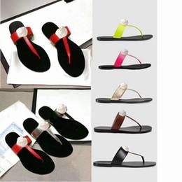 Clásico Hombre Mujer Zapatillas Diseñador Luxruy Zapatillas de dama Zapatillas de playa de piel de vaca auténtica Cuero Perezoso hombre mujer Hebilla de metal Chanclas desde fabricantes