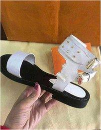 sapatos de vestido romano de salto baixo Desconto Verão Roman Slides Sapatos Das Mulheres Respirável Plana Salto Alto Thong Vestido Oco Tamanho 35-40 com Caixa De Pele Esposa H36