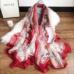 Letra G Mujer bufanda de seda suave de la señora playa de viaje Sun Shading Bufandas moda larga mantón femenino regalo de la fiesta de Navidad TTA1060 desde fabricantes