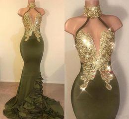 vestido de baile de sereia turquesa tulle Desconto Sereia Sexy Verde Azeitona Vestidos de Baile Halter Pescoço Apliques de Ouro Sem Encosto Stretchy Cetim Longos Vestidos de Noite Vestidos Custom Made Vestido de Festa