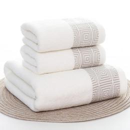 erwachsene badetuch-sets Rabatt Handtücher Set Gestreifte Weiche 100% Baumwolle Bad Thick Dusche Badezimmer Home Spa Gesicht Handtuch für Erwachsene Toalla Serviette 3pcs / set Handtuch