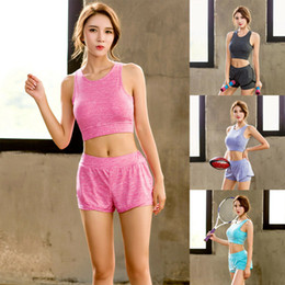 2d51b5a3ae59a 2019 New Style Fashion Hot Women Workout Tank Tops Yoga Fitness Seamless Fitness  Sport Bra Padded Stretch