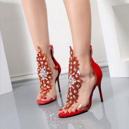 Argentina Ventas especiales Calidad Euramerican Style Ladies sexy tacones altos Verano tacón de aguja sandalias superiores altas broche de oro con diamante Zapatos individuales Suministro