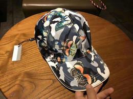Mariposa paisley online-Patrón de mariposa de moda 2019 casquillo de bola de alta calidad de lona de hombres y mujeres gorras diseñador sombrero para el sol con caja