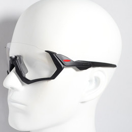 f629aadb57e Brand New Photochromic Cycling Eyewear Men Fashion Polarized TR90 Sunglasses  Outdoor Sport Running Cycling Glasses