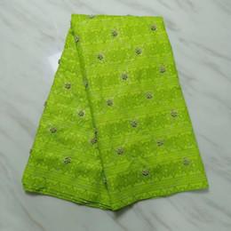 robes en dentelle vert citron Promotion 5 yards / pc vente chaude citron vert bazin dentelle tissu avec perles et strass africain tissu de coton brocart pour la robe de soirée BZ27-8