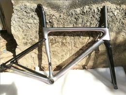 quadro de bicicleta de pintura Desconto 2019 NOVA pintura DIY! Bicicleta de estrada bicicleta 700C Di2 V freio a disco freio a quadro de carbono PF30 / BB30 / BB68 customzied cor está disponível