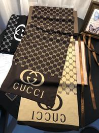 bufanda india al por mayor Rebajas los hombres para hombre de los diseñadores de la letra de la bufanda de tela escocesa larga invierno de la cachemira bufandas de lana de lujo los hombres con la caja de regalo de la bufanda