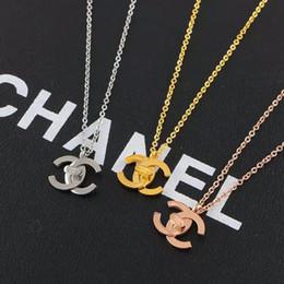 2019 al por mayor bff encantos Diseñador Marca Pareja Collar Moda Carta de Lujo Collares pendientes 18K Titanio Acero Plateado Collar de Las Mujeres para el Regalo de cumpleaños