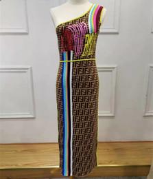 2019 longueur de la tunique féminine FF Lettre Femmes Automne Designer Robes Tricot Une Épaule Sexy Style Femme Vêtements Moulante Casual Vêtements