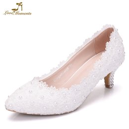 Blanc Rose Dentelle Fleur Parti Chaussures De Bal Plus La Taille 43 Chaussures De Mariage De Mariée Demoiselle D'honneur 2 Pouces Chaton Talon D'anniversaire Cadeau ? partir de fabricateur