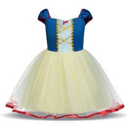 Vestiti di neve bianca per le ragazze online-Maniche corte Abito a rete della principessa delle ragazze Abiti Baby Snow White Lace tutu pannello esterno del bambino abiti firmati ragazze Halloween Costumi Cosplay M452