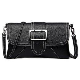Diseñador grandes bolsos negro online-Estilo de verano caliente Negro de las mujeres bolsa de hombro del cinturón grande solapa bolsos de diseño bolsos de embrague para las mujeres señoras bolsa de mensajero sac