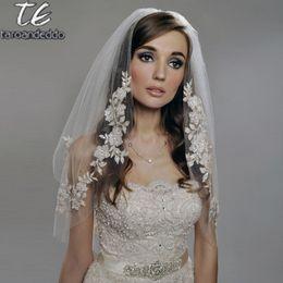 Reals Coude Longueur 75cm Voile Court Deux Couches Appliques Voile de Mariage Blanc / Ivoire avec Perles Perles Voile de Mariée ? partir de fabricateur