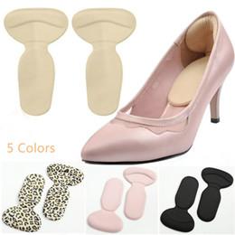 Protettore per le scarpe online-T-shape Tacco sottopiede Pads Grinding Shoe Cuscino Pad Indietro Protezioni per il tallone Strumenti per la cura del piede Scarpe da donna Accessori