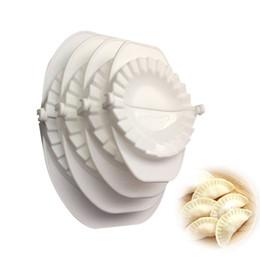 Moldeo a presión online-4 unids / set Prensa Ravioli Masa Pastelería Pastel Dumpling Fabricante Gyoza Molde Herramienta de Molde 4 Tamaño Fácil Ecológico Dumpling Molde Herramientas de Cocina