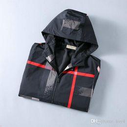 modelli 3d personalizzati Sconti giacca a manovella 2020 nuovi MAN di lusso di design giacca modelli personalizzati anatomici riflettente antivento impermeabile doppia cerniera giacca a vento G333