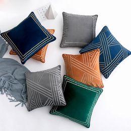 federe di crochet Sconti Tessuti per la casa federa per divano di alta qualità in stile europeo, con cuscini decorativi geometrici in stile europeo