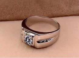 Silberamerikanische männer diamantringe online-Weißer kupferbeschichteter silberner Diamantring europäischer und amerikanischer herrschsüchtiger Hochzeitsring-Geburtstagsgeschenk der Männer