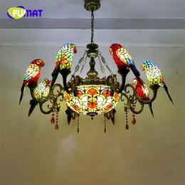 lámpara de cristal manchada de flores Rebajas FUMAT Tiffany Chandeliers LED Stained Glass Parrot E27 Hanglamp orquídea Rose Flower Lámpara colgante de lujo Loft Decor Lamp