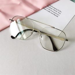 c0e3a921fd Cubojue Gafas Transparentes Mujeres Hombres Gafas Nerd Marco Estilo INS  Moda Sin Receta Gafas Vintage Negro Plata