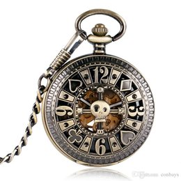 relógios de pulso Desconto Bronze Legal Oco Crânio Design de Poker Automático Auto-Vento Relógio de Bolso Mecânico Cadeia de Relógio de Cobre Do Vintage Relógios para Homens Mulheres Melhor Presente