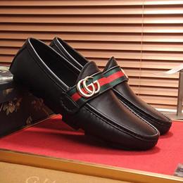 gli stili dei pattini maschii Sconti 2019 nuovi uomini di alta qualità maschile stile atmosfera piselli guida scarpe da uomo moda in pelle morbida, scarpe casual uomo di marca guida non-
