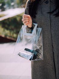 2019 sacs à main en couleur blanche 2019 Sac d'emballage de sacs à main de PVC transparents pour des femmes en plastique dégageant le stockage de grande capacité de plage de voyage