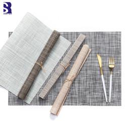 decoraciones del partido azul real negro Rebajas SunnyRain - Diseño de lino tejido a mano de 6 piezas Rectángulo Configuración de mesa Mantel individual Esteras de lujo Estera aislante
