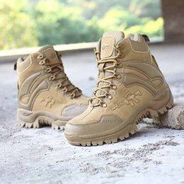 2019 new tactical boots desert special police American combat boots outdoor shoes breathable wear boots hiking four-color shipping da scarpe da trekking scarpe basse fornitori