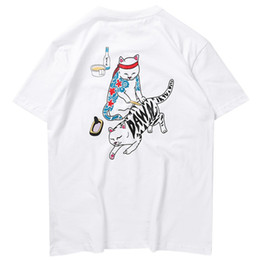 Katze stil hemd männer online-2019 Streetwear T-shirt Lustige Katze Ukiyoe Japanischen Stil Männer Harajuku T-Shirt Hip Hop T-shirt Baumwolle Kurzarm Sommer Tops Tees